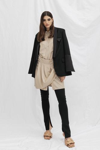 Black Wool-Viscose Cutout Blazer - PNK Casual