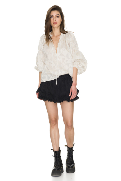 Linen Black Shorts With Crocheted Hem