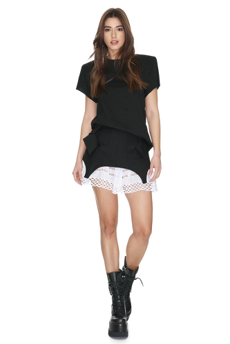 Black Top With Oversized Shoulders - PNK Casual